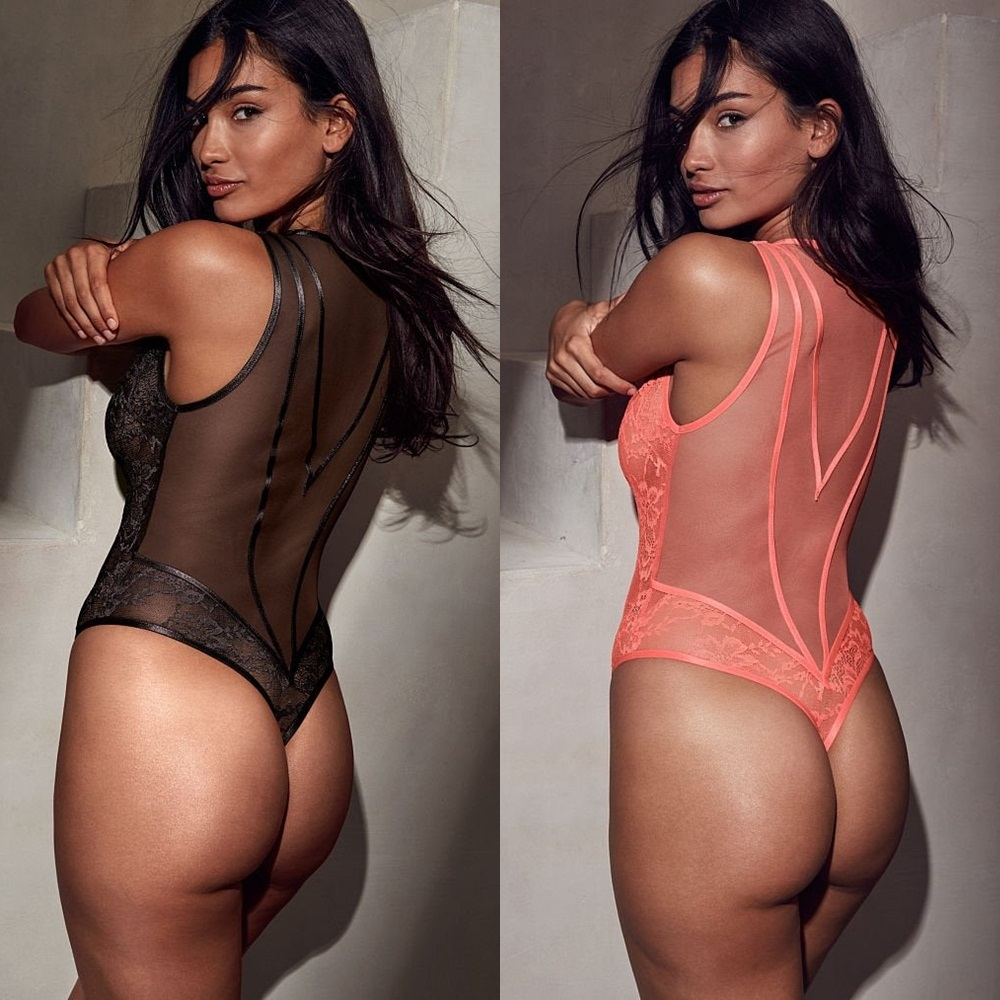 Kelly Gale ass lingerie