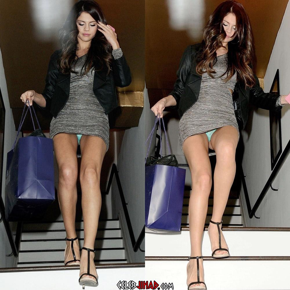 Selena Gomez boob slip