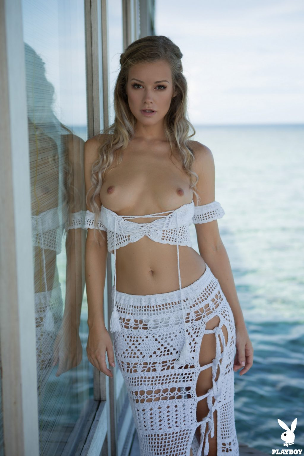 Olivia Preston Topless (5 Photos)