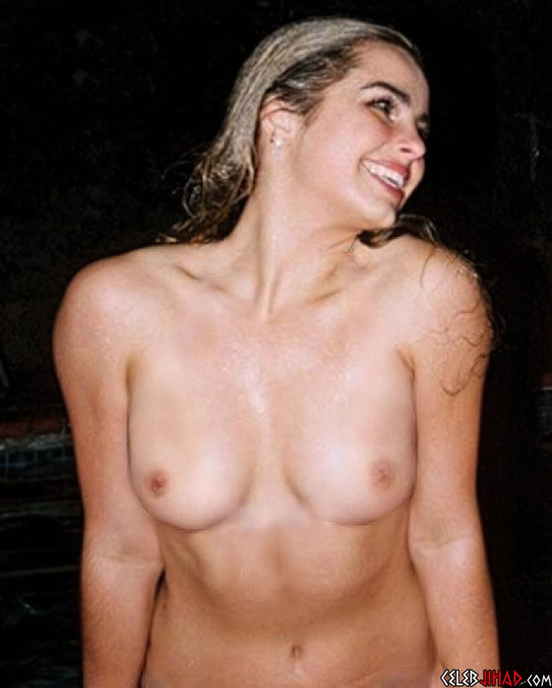 Addison Rae nude