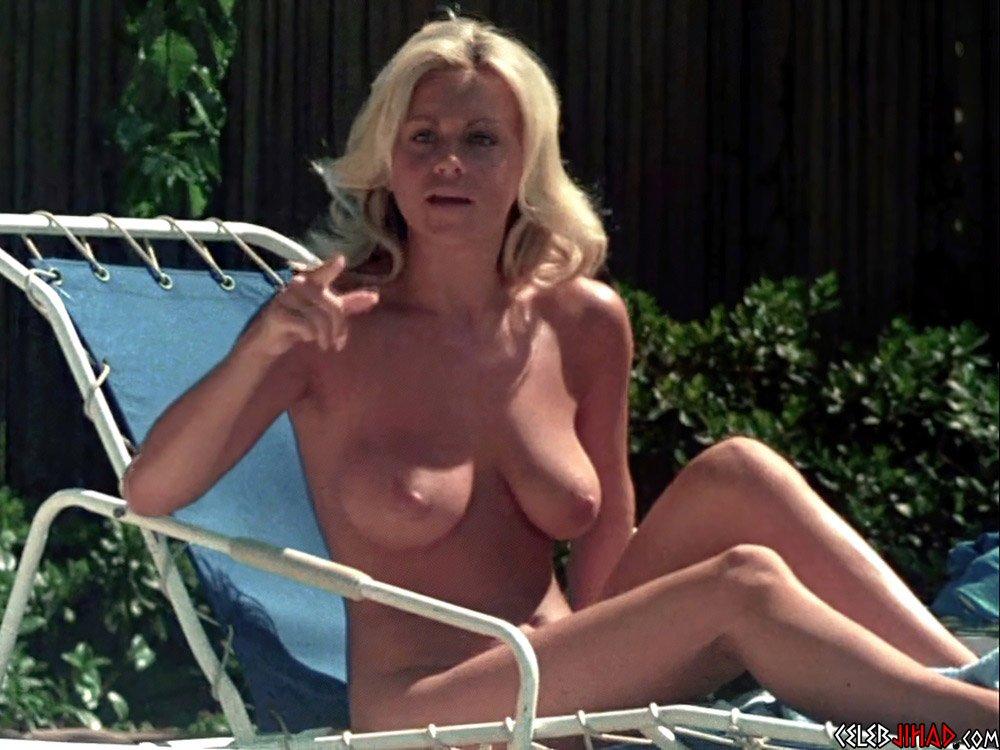 Dawn Clark nude