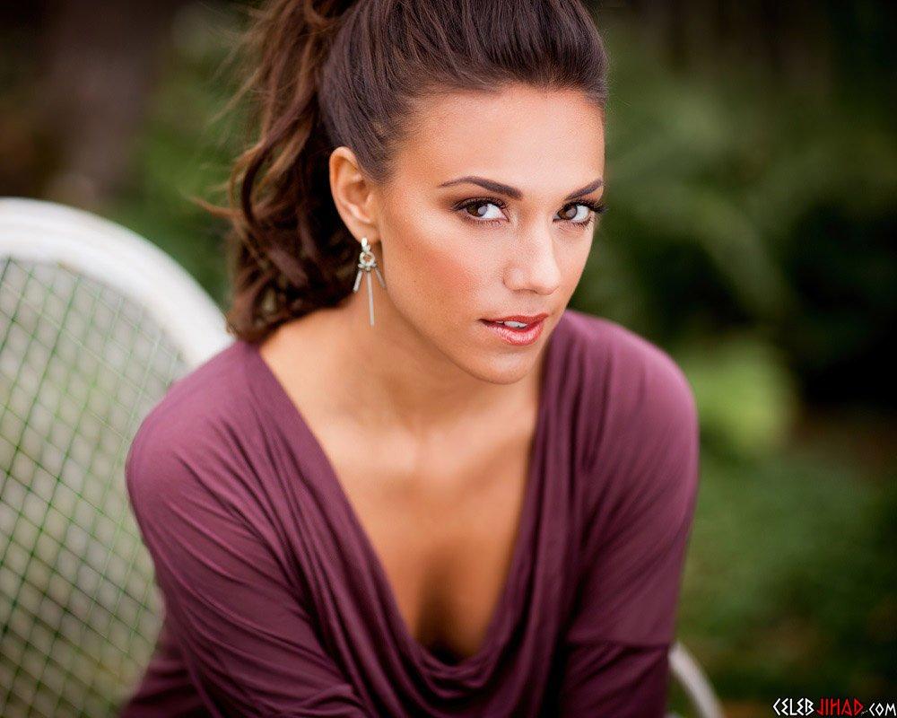 Jana Kramer sexy