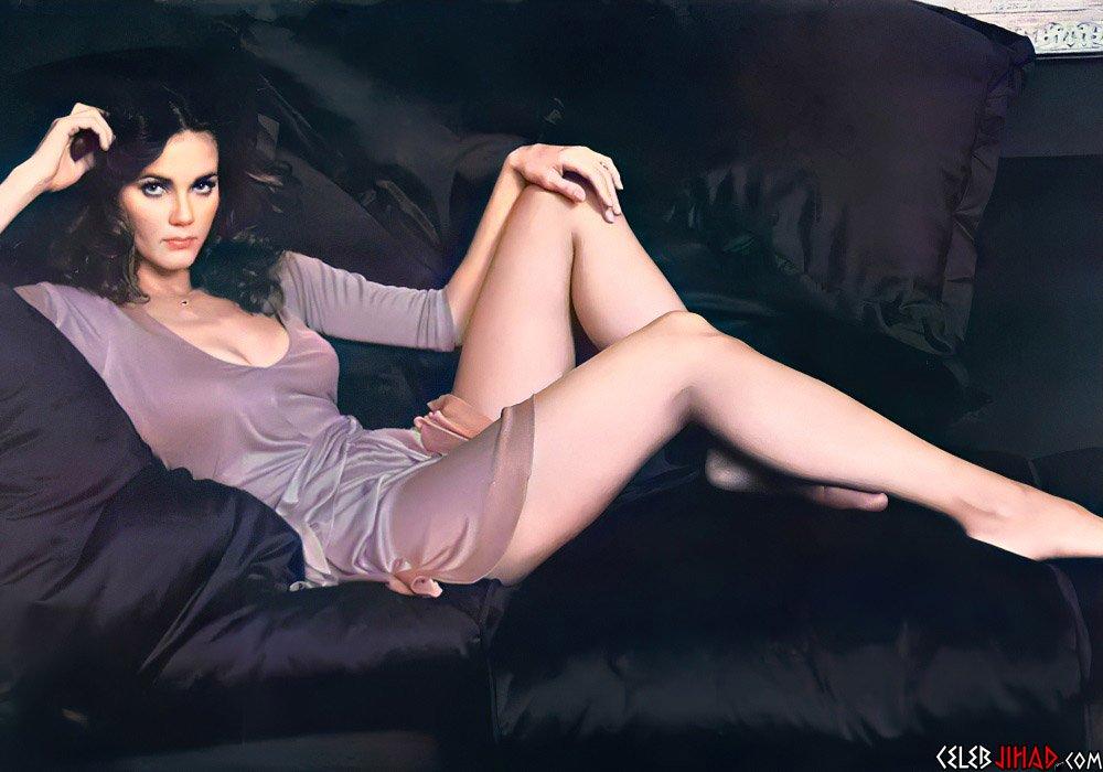 Lynda Carter sexy