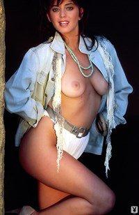 Ava Fabian