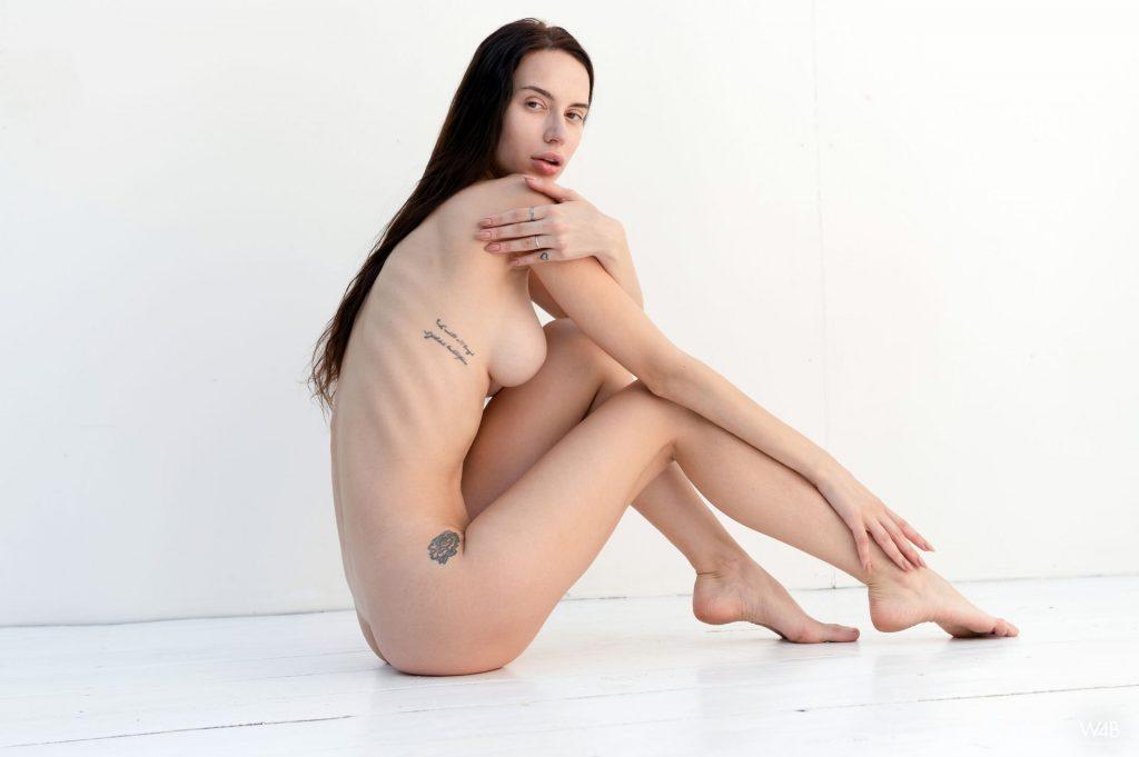 Ann Savich Naked (5 Photos)