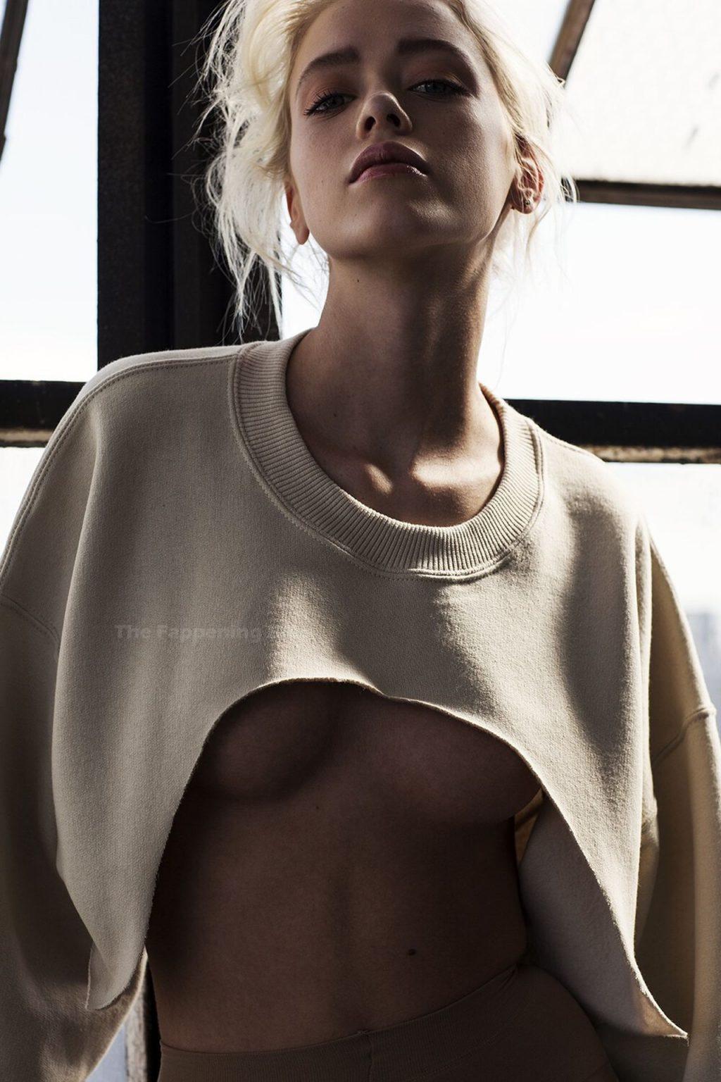 Cynda Mcelvana Sexy (3 Photos)