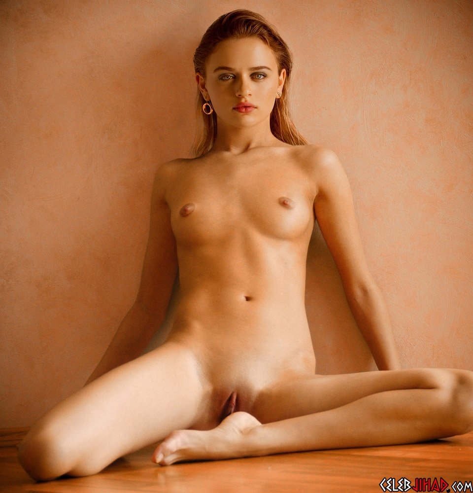 Joey King nude