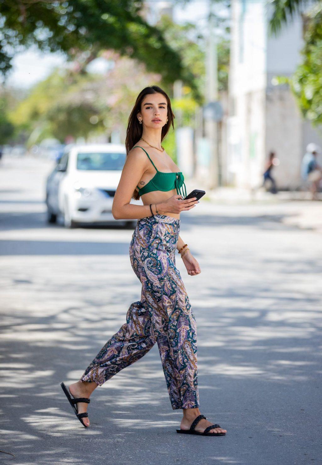 Alexandra Nicole Hot