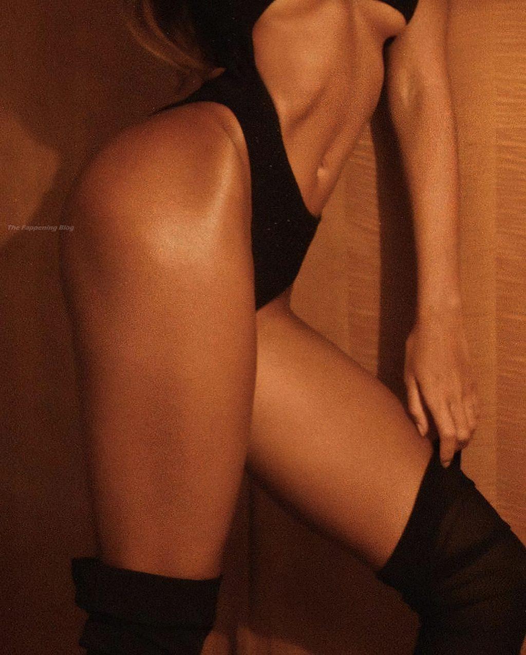 Madalina Diana Ghenea Hot