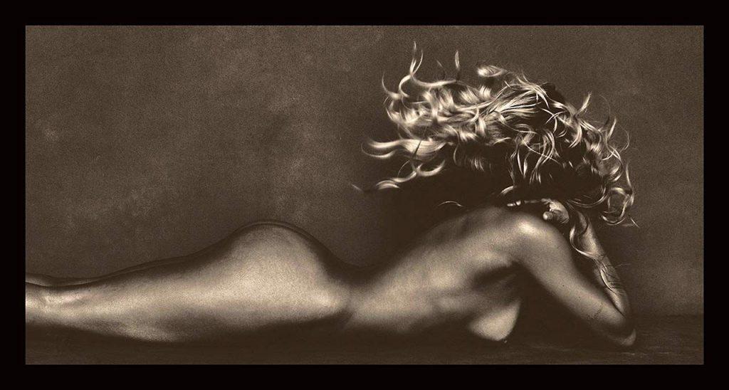 Kourtney Kardashian Naked (5 Photos)