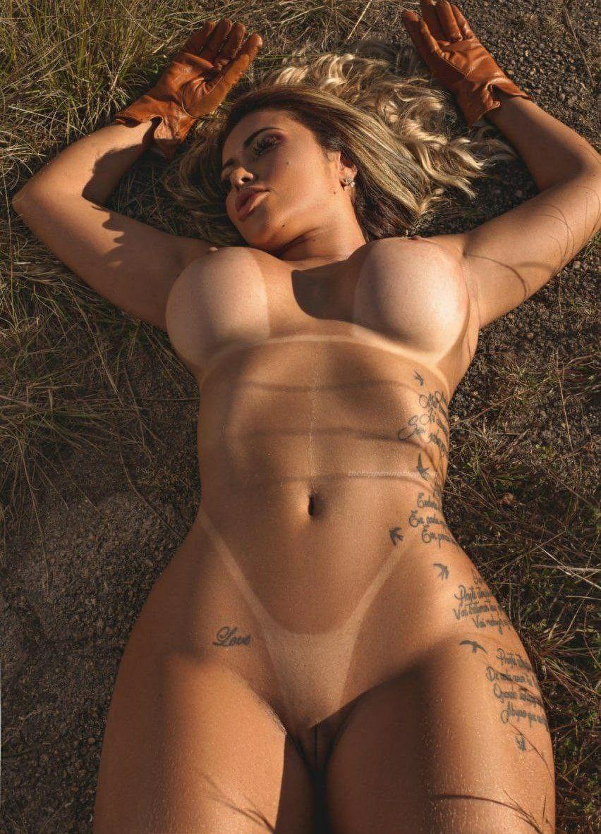 Cris Galera Naked